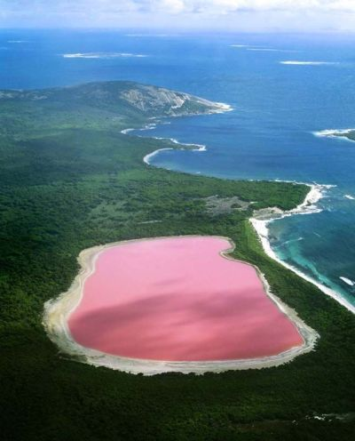 travel9Lake HillierAustralia